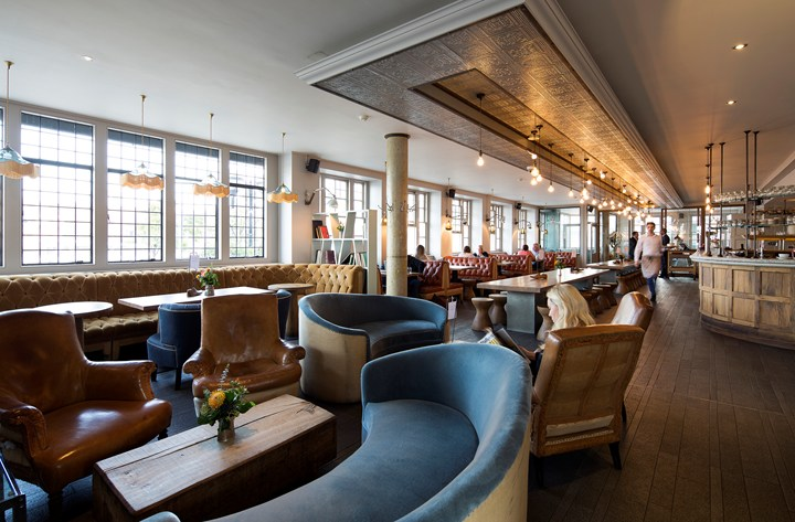 Afternoon Tea At The Swan At The Globe Theatre London