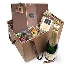 luxury_chocolate_hamper_chocolate_trading
