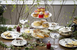 Afternoon Tea at The Swan at the Globe Theatre – A Mid Summer's Night Dream