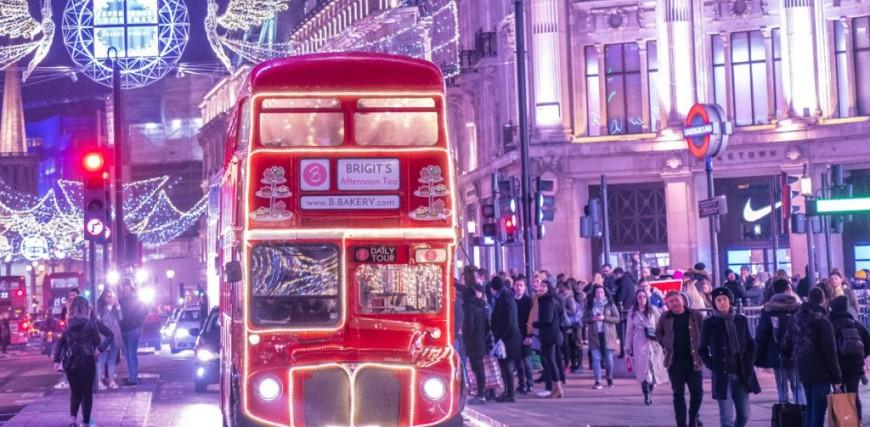 London Bus Tour Afternoon Tea