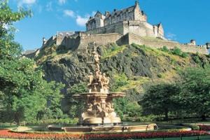 Buy afternoon tea vouchers for Edinburgh Castle