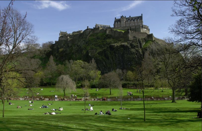 Edinburgh Castle & Afternoon Tea Vintage Bus tour - views over Princes Street Gardens