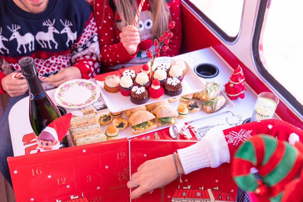 Christmas London Bus Tour with Afternoon Tea