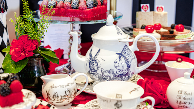 Alice in Wonderland teapot and crockery