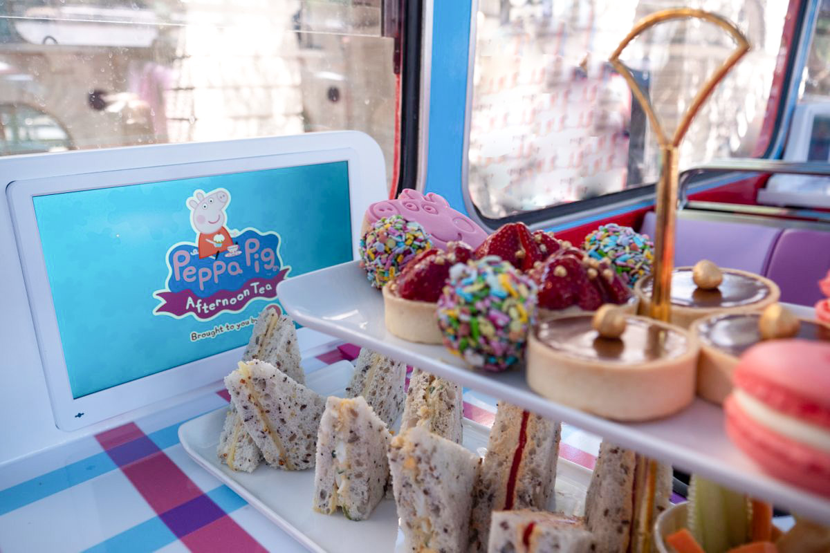 Peppa Pig Afternoon Tea Bus Tour, London. Gorgeous cakes and pastry selection.