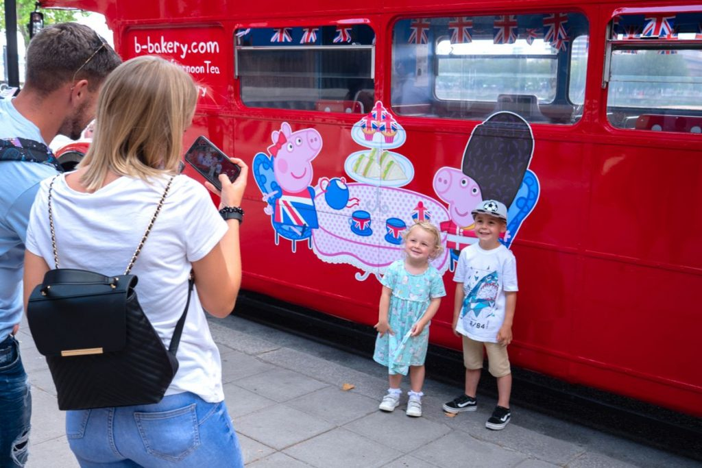 Cameras at the ready and take the kids for a trip of a lifetime on this Peppa Pig London afternoon tea bus tour.